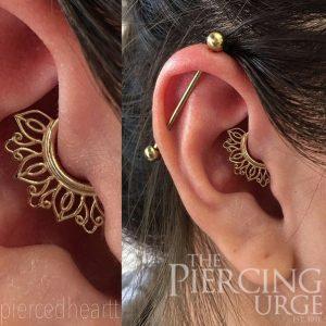 gold-ear-piercing