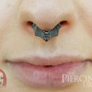 nose-bat-piercing-female