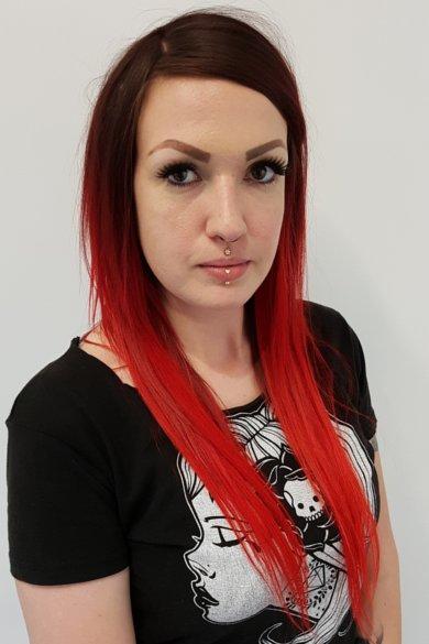 Suzanne - Piercing Urge Piercer